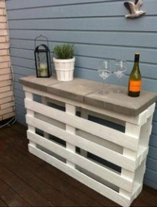 Cheap pallet furniture
